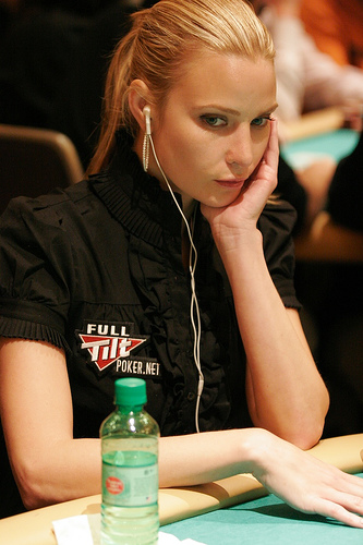 Woman poker pros